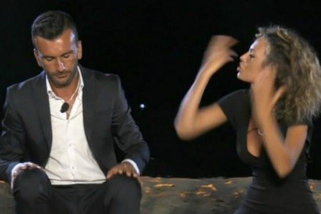 Sara Affi Fella lascia Nicola Panico al falò di 'Temptation Island 2017', ma i due si sono riavvicinati