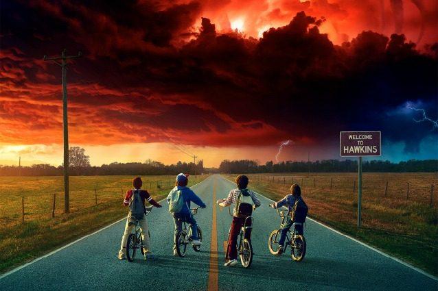 """""""Stranger Things 2"""" sta arrivando, locandina e data di uscita della serie Netflix"""