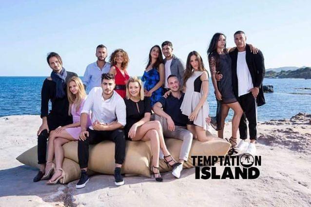 Temptation Island conferma ottimi ascolti e supera l'omaggio a Paolo Villaggio