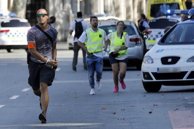 Attentato a Barcellona, cambia la programmazione di Rai e Mediaset