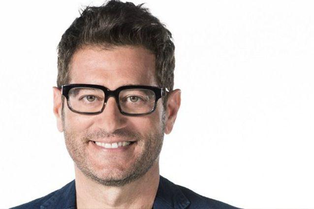 Enrico Papi e l'addio a Mediaset: A Tv8 puntano su di me