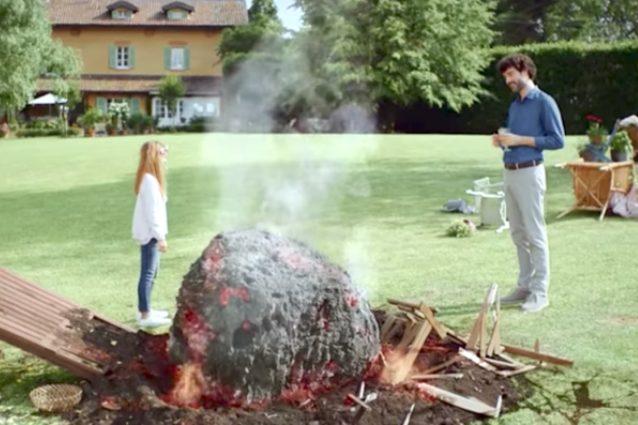 Buondì Motta, secondo spot con l'asteroide: questa volta a morire è il papà