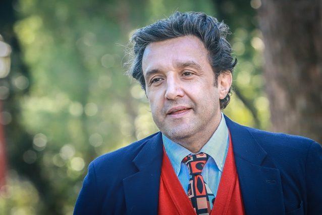 Flavio Insinna torna in tv: inviato di Cartabianca dopo lo scandalo Striscia
