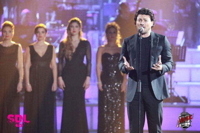 """Vittorio Grigolo mescola la lirica al rock, """"Music"""" piace al pubblico"""
