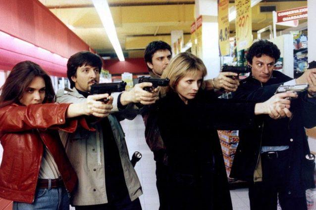 """Una scena della prima stagione di """"Distretto di polizia"""""""