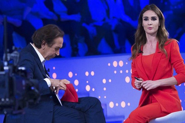 Giucas Casella a Verissimo rivela chi vincerà L'isola dei famosi