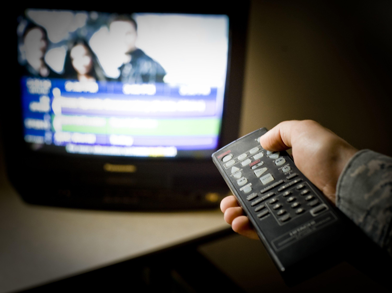 Cosa c 39 stasera in tv i programmi e i film di oggi 8 - Programmi di cucina in tv oggi ...