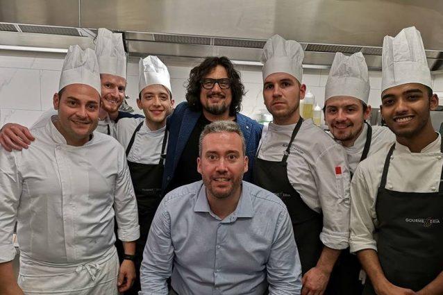 Alessandro Borghese 4 Ristoranti: ristoratore di Padova fa causa al programma