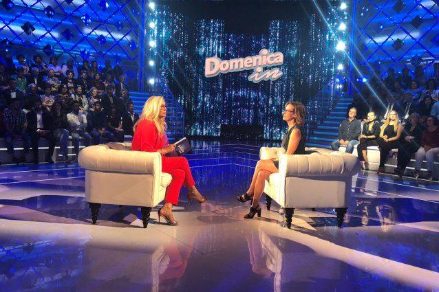 Mara Venier furiosa per la rivalità con Barbara D'Urso: 'Ma siamo all'asilo?'