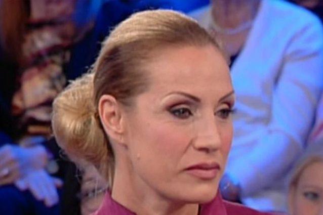 Caterina Balivo, Annalisa Minetti a Vieni da Me racconta della malattia