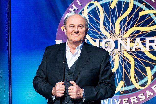 Programmi tv di stasera 26 febbraio: Chi vuol essere milionario su Canale 5, Il cacciatore su Rai Due