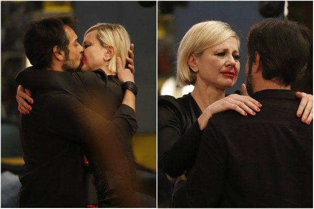 Gf Vip: il fidanzato di Antonella Elia tra le braccia di un'altra?