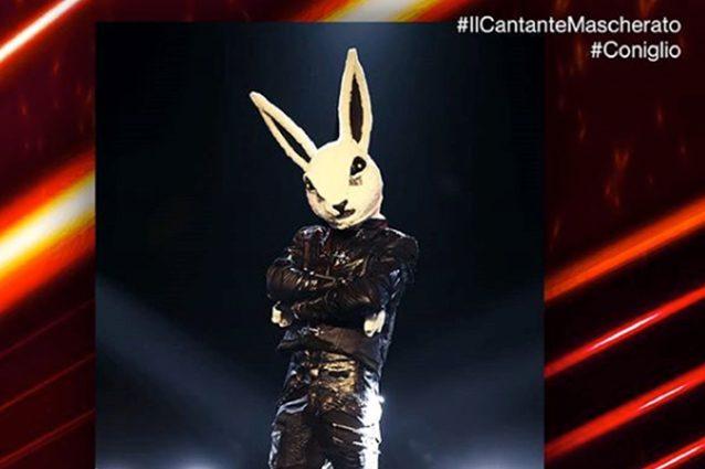 Chi è Il Coniglio de Il Cantante mascherato: tutti gli indiz