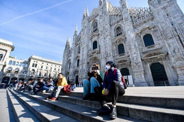 La messa di inizio Quaresima a porte chiuse nel Duomo di Mil