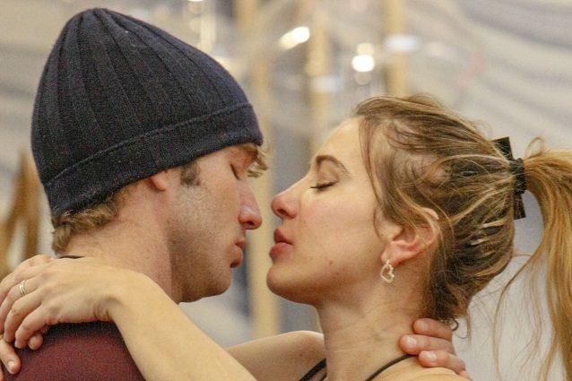 """Clizia Incorvaia: """"Con Paolo Ciavarro solo baci al GF Vip, n"""