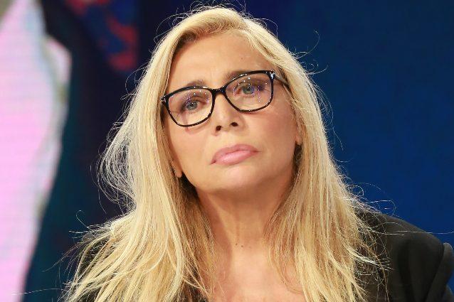 """Ispettori di Produzione accusano Mara Venier: """"Offese, insulti e minacce durante Domenica In"""""""