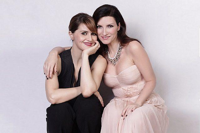 Laura Pausini e Paola Cortellesi ancora insieme, in diretta