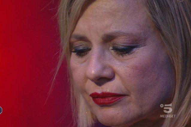 """GFVip 2020, Antonella Elia racconta la sua infanzia: """"Mi vergogno di ..."""