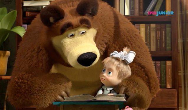 """""""Cosa fare durante la quarantena"""", Masha e Orso lo spiegano"""