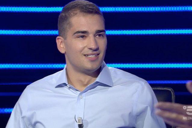 Chris Joseph Caraccioli Ha 18 Anni E Vince 30 Mila Euro A Chi Vuol Essere Milionario