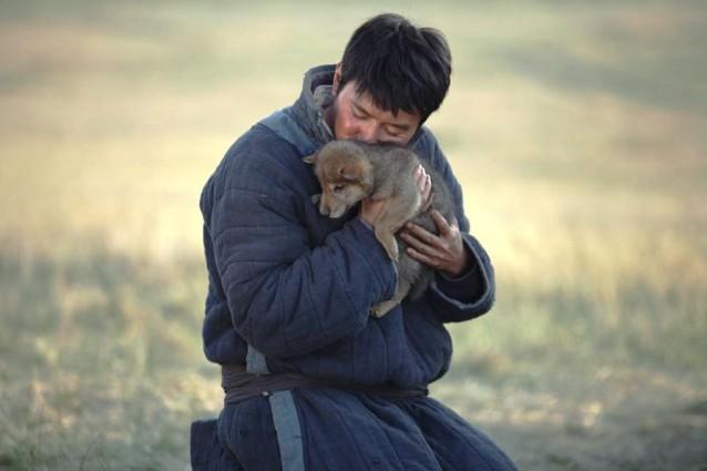 """""""L'ultimo lupo"""": il trailer italiano, la trama e il cast"""