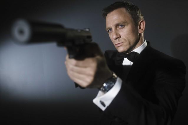"""Daniel Craig dice addio a James Bond: """"Piuttosto che fare un altro 007 mi ammazzo"""""""