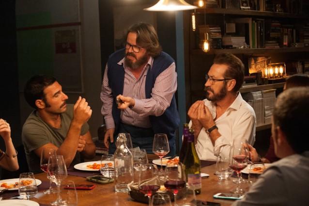 """""""Perfetti sconosciuti"""": il trailer, la trama e il cast della commedia di Paolo Genovese"""