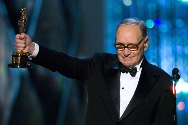 Ennio Morricone e gli Oscar: tutte le nomination e il premio alla carriera vinto nel 2007