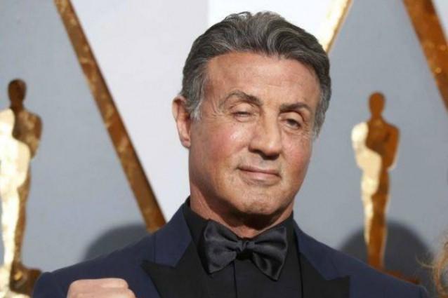 """Stallone reagisce alla delusione degli Oscar: """"A tutti i Rocky del mondo, non mollate mai"""""""
