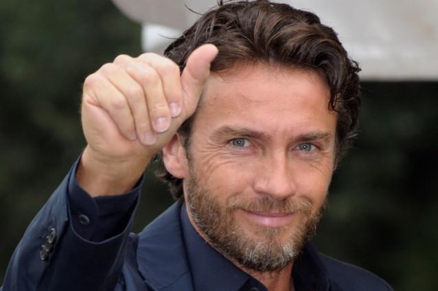 """Alessio Boni, il divo de """"La meglio gioventù"""" e del cinema impegnato compie 50 anni"""