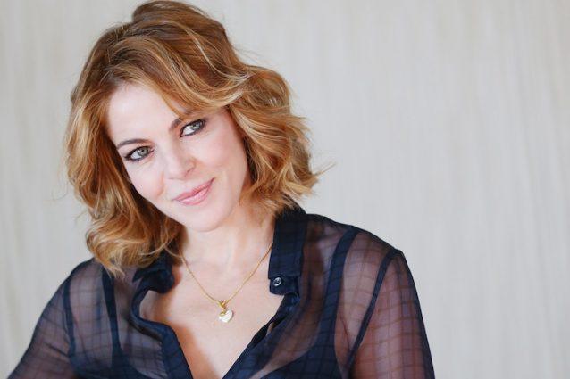 """I 45 anni di Claudia Gerini, da """"Non è la Rai"""" a """"John Wick: Chapter 2"""""""