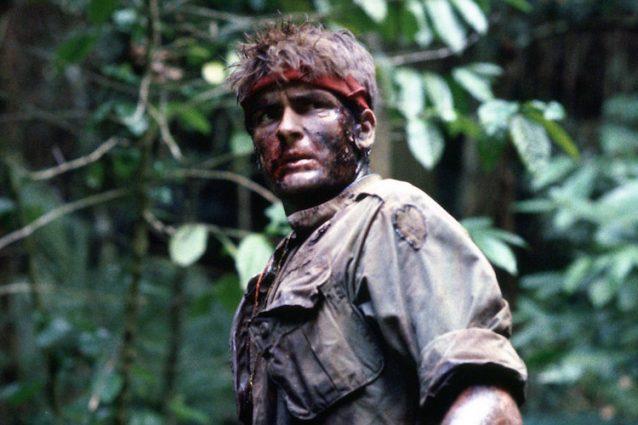 """""""Platoon"""", il cult antimilitarista di Oliver Stone usciva 30 anni fa"""