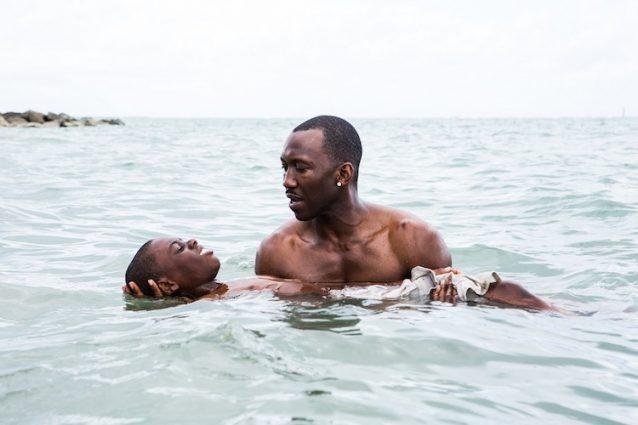 """""""Moonlight"""": il Miglior film drammatico ai Golden Globe e in odore di Oscar"""