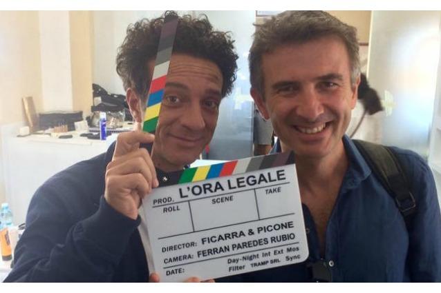 'L'ora legale' di Ficarra e Picone trionfa al box office, in calo 'Mister Felicità'
