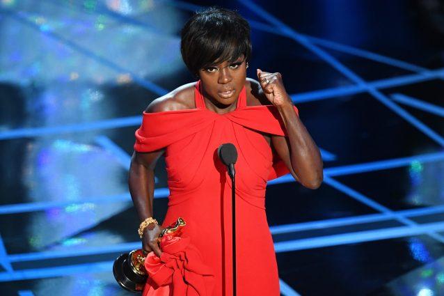 """A Viola Davis Oscar come miglior attrice non protagonista in """"Barriere"""""""