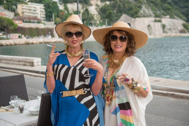 """Absolutely Fabulous - Il Film"": il trailer italiano, la trama e il cast"