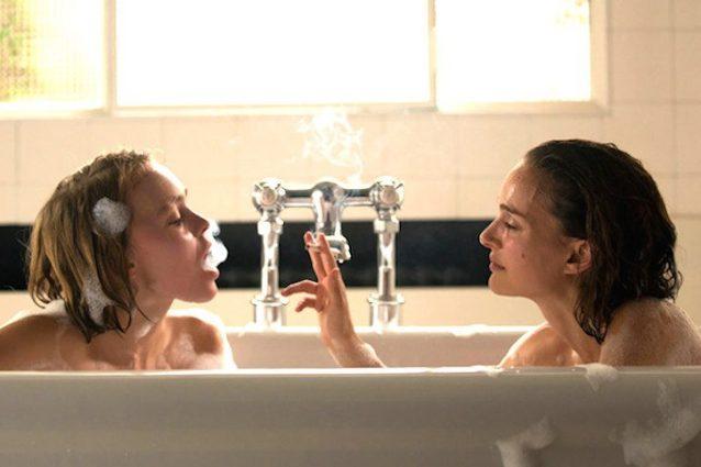 """Planetarium"": Natalie Portman, Lily-Rose Depp e il primo vero film sui fantasmi"