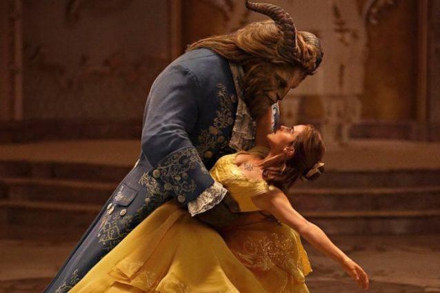 """""""La Bella e la Bestia"""" supera il miliardo di dollari d'incassi al box office mondiale"""