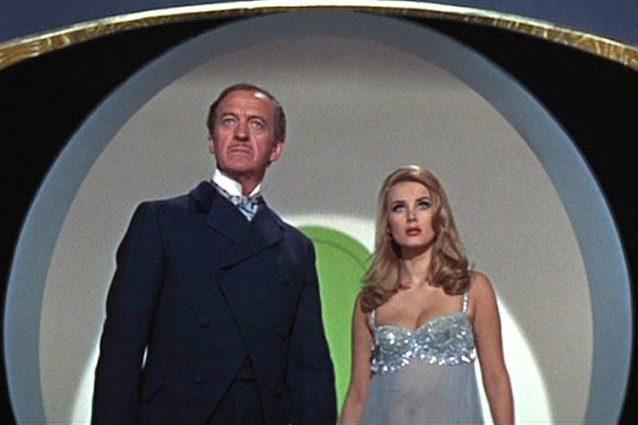"""50 anni fa usciva """"James Bond 007 – Casino Royale"""", parodia cult con un cast stellare"""