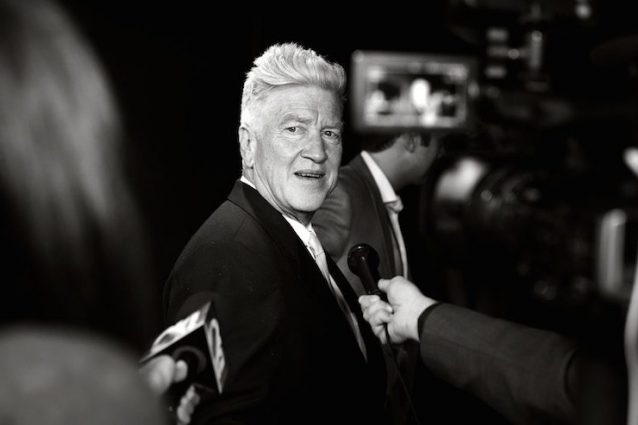 """David Lynch, il regista di """"Velluto blu"""" e """"Twin Peaks"""" dice addio al cinema"""