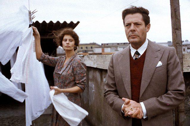 """Una scena di """"Una giornata particolare"""" di Ettore Scola"""