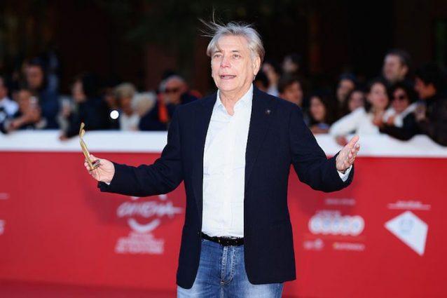 Nino D'Angelo, il ragazzo della curva B compie 60 anni tra musica e cinema