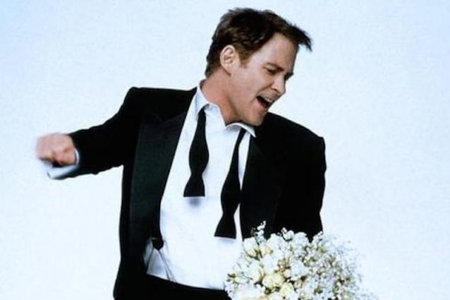 """In & Out"", la commedia con Kevin Kline compie 20 anni"