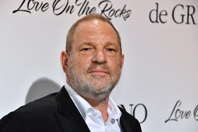 """Harvey Weinstein espulso dagli Oscar, l'Academy: """"Finisce l'era della complicità"""""""