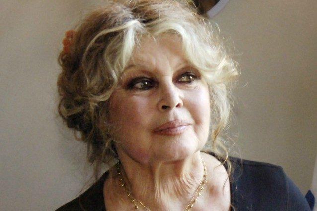 Brigitte Bardot attacca: