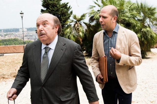 """Curiosità """"Quo Vado?"""": Nunziante e Zalone imitavano il loro mito Lino Banfi sul set"""