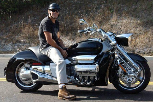 George Clooney coinvolto in un incidente stradale in Gallura