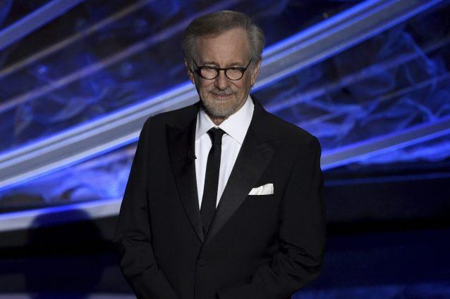 La figlia di Steven Spielberg |  Mikaela |  diventerà un'attrice porno con il nome di Sugar