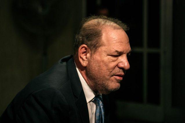 Harvey Weinstein guarito dal coronavirus, è relegato nel rep