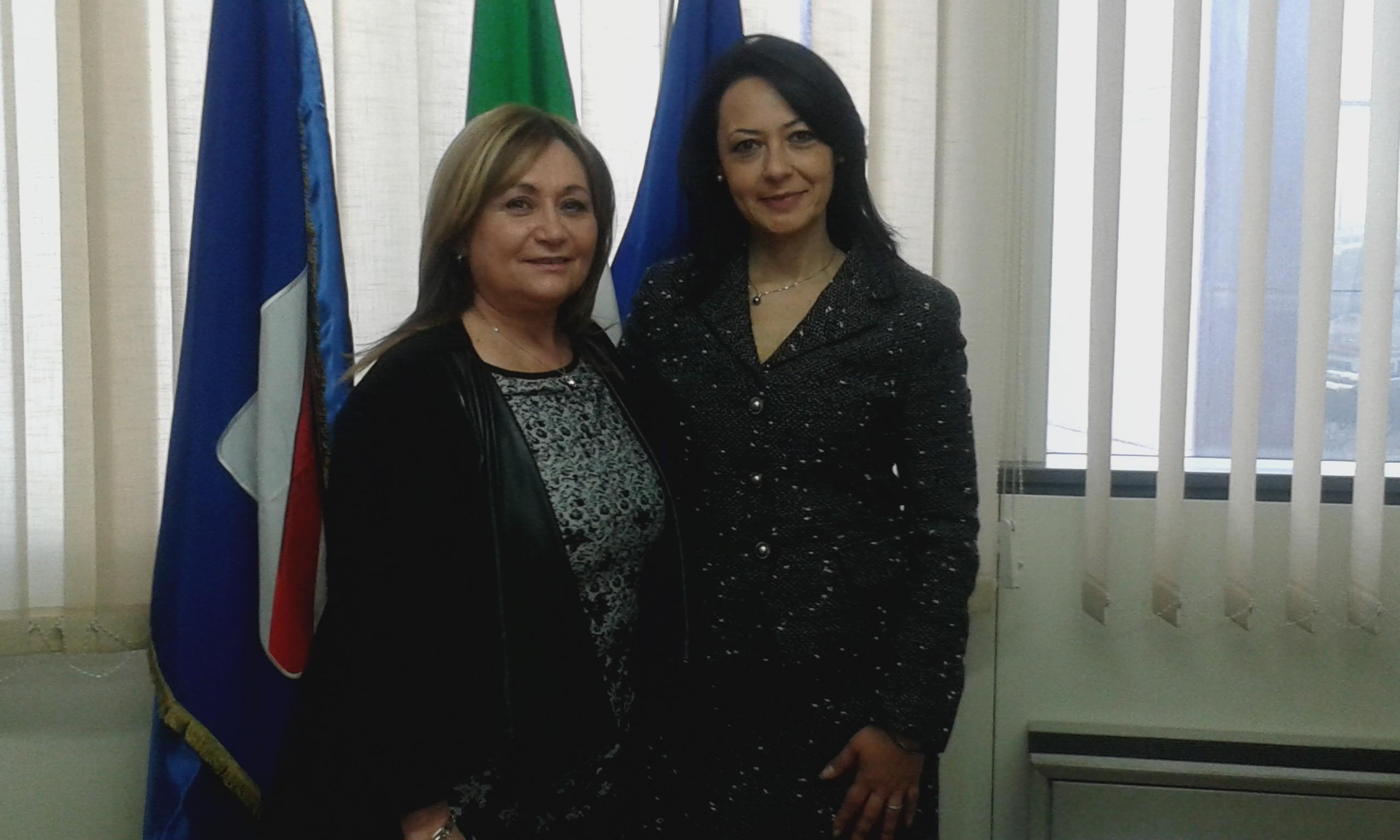 L'assessore al lavoro della Regione Campania, Sonia Palmeri, e la presidente ANCL–SU Regione Campania, Anna Maria Granata